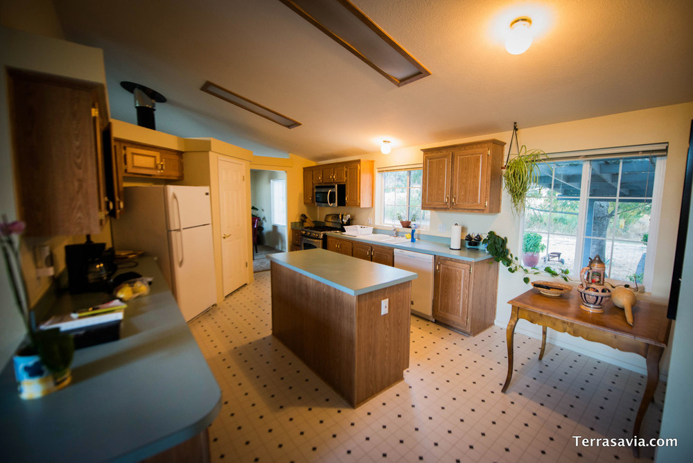 kitchen-panoramic.jpg