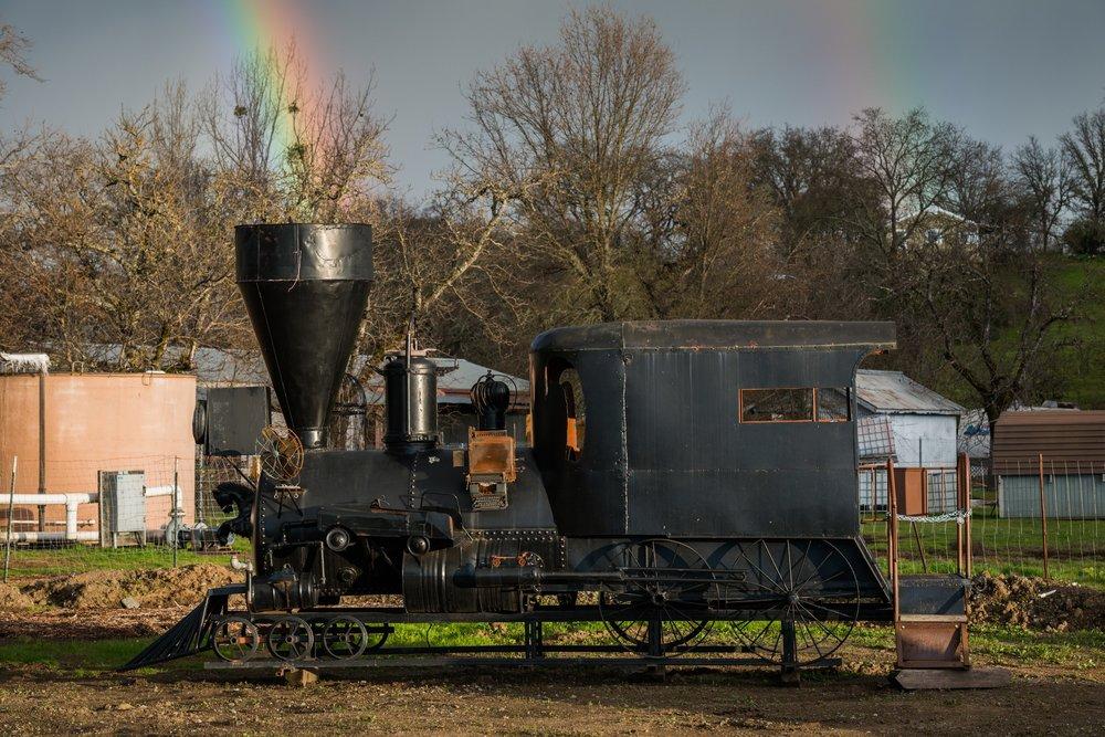 ts-locomotive-rainbow.jpg