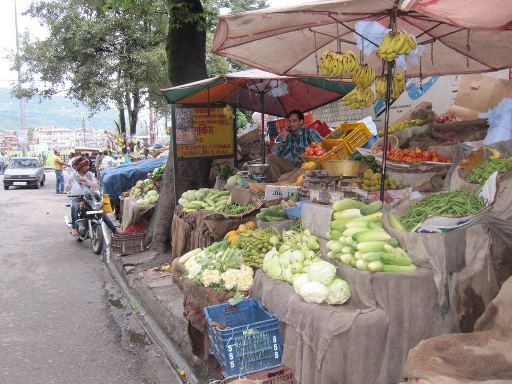 The market in the town of Chamba