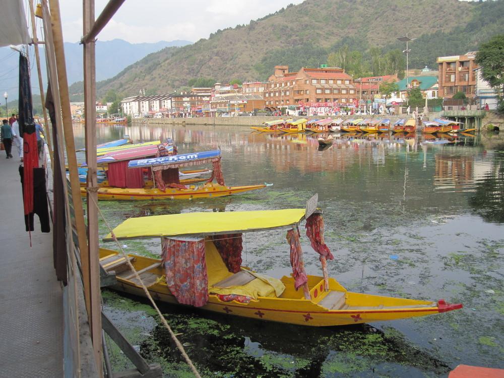 Dal Lake - Srinigar