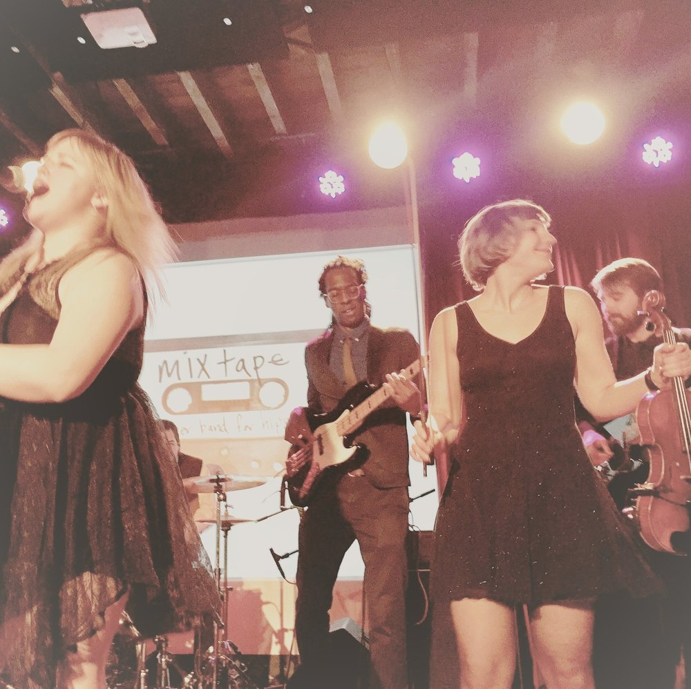 A glimpse of last year's showcase at the Bell House...