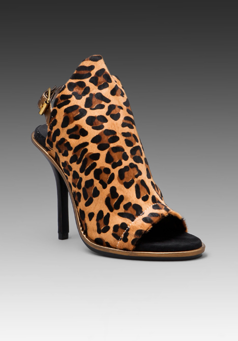 Kelsi Dagger Cameo Leopard.jpg