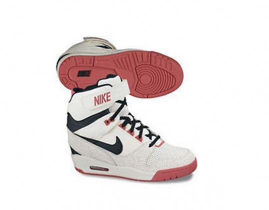 Nike Air Revolution Wedge 8.jpg