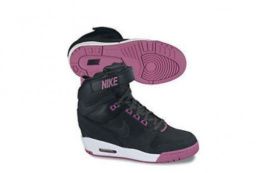 Nike Air Revolution Wedge 7.jpg