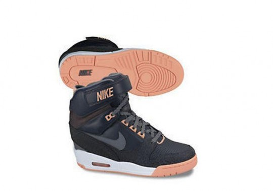 Nike Air Revolution Wedge 6.jpg