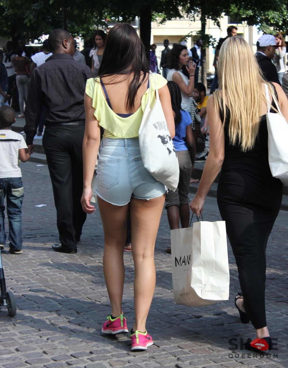 Parisian Street Style By ShoeQUEENDOM - 06.jpg