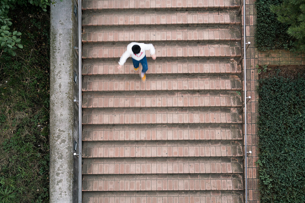 kid_stairs.jpg