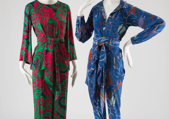 (L) Yves Saint Laurent Pajama Set (R)Halston Pajama Set (Image via FIT)
