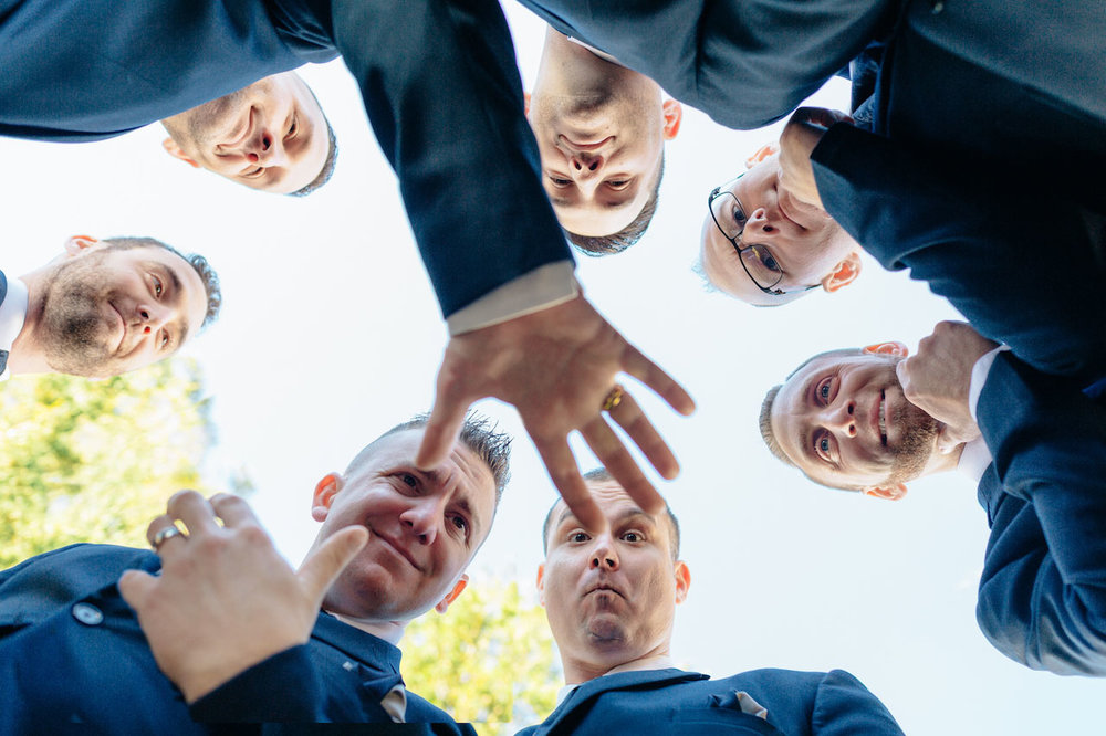 groomsmen-fun-pictures.jpg