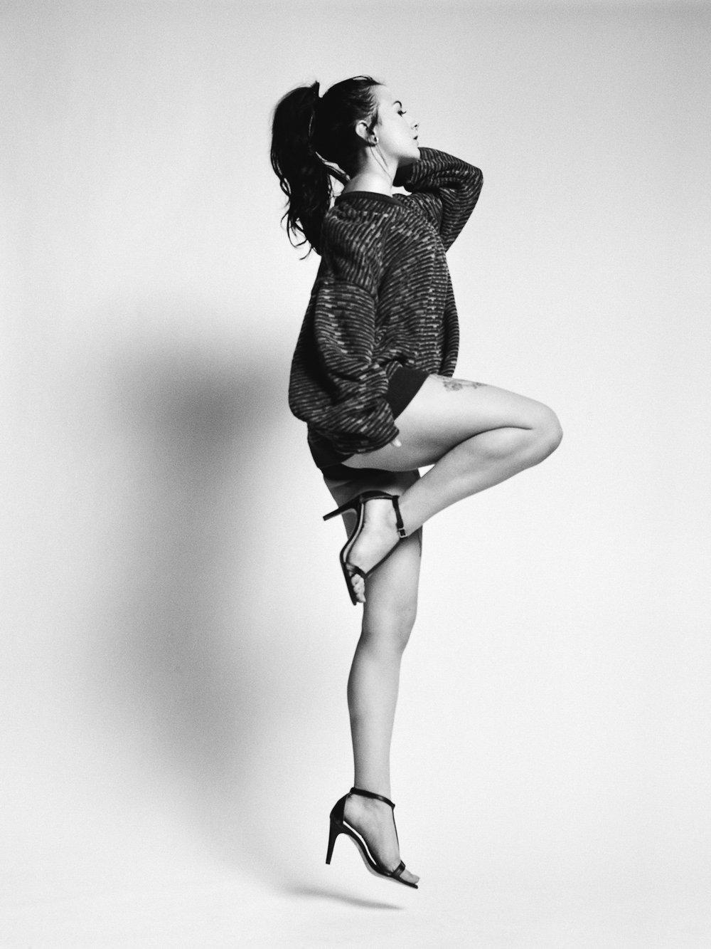 black-ponytail-heels-jump-photography-session