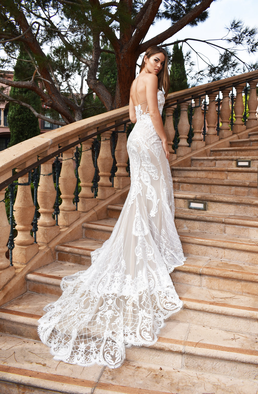 Weddingdress_backStairs.jpg