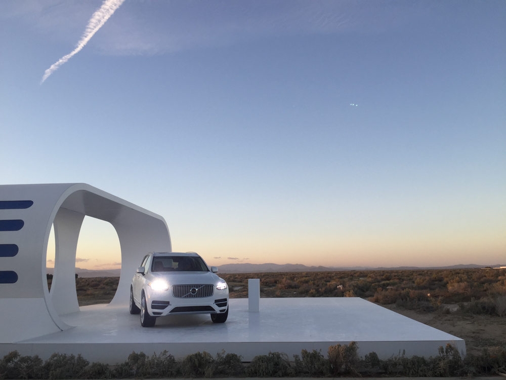Volvo XC90 photography from the volvo steals power set at sunset | The Skulls Los Angeles