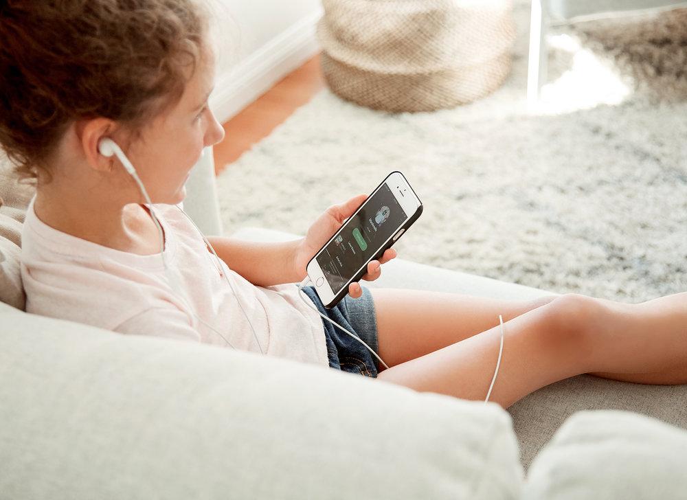 Headphones0-104.jpg