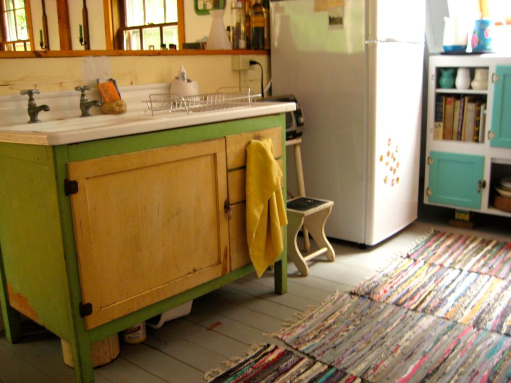 summer kitchen2.jpg