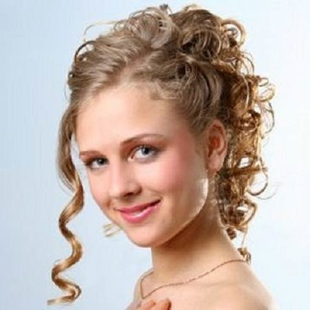 side-updo-hairstyles-for-prom.jpg