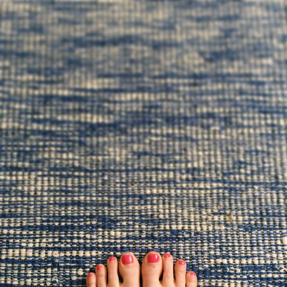 New rug in the living room. Wedding pedicure.