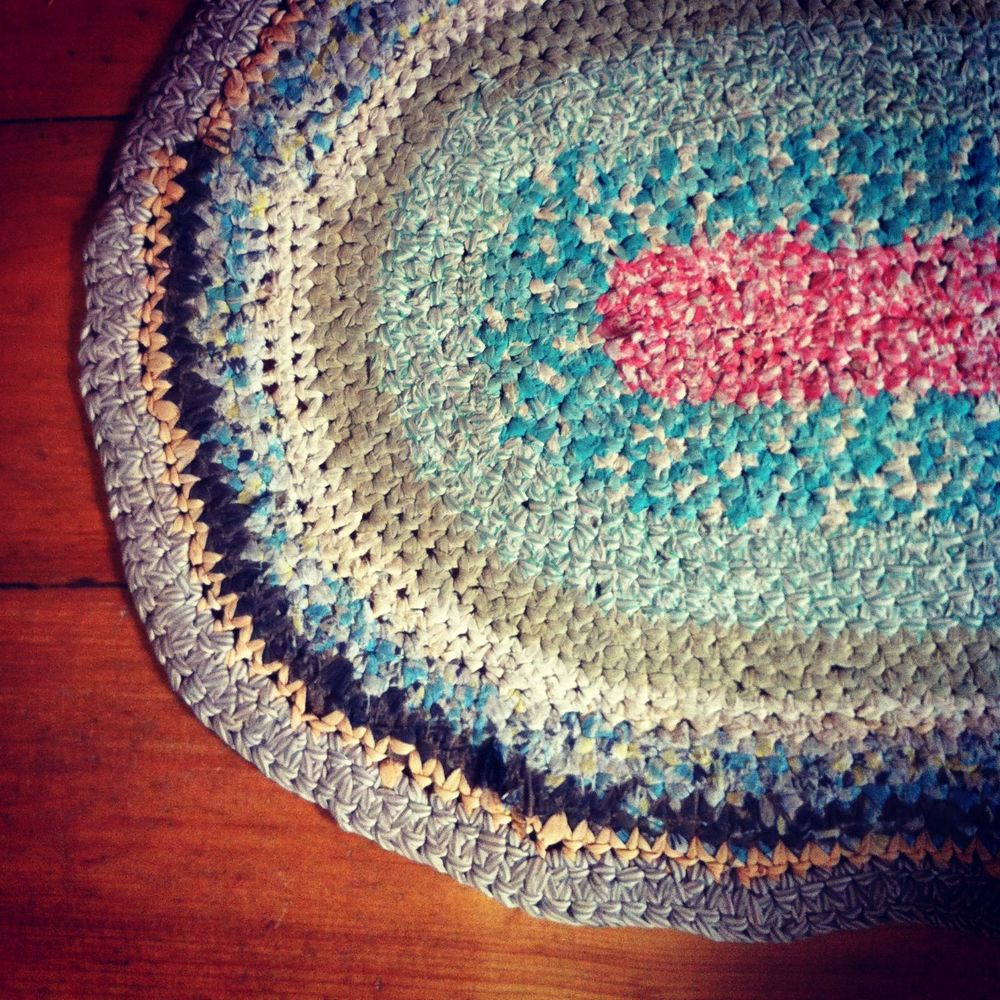 Rag rug found at a thrift store. Sweetest thing.