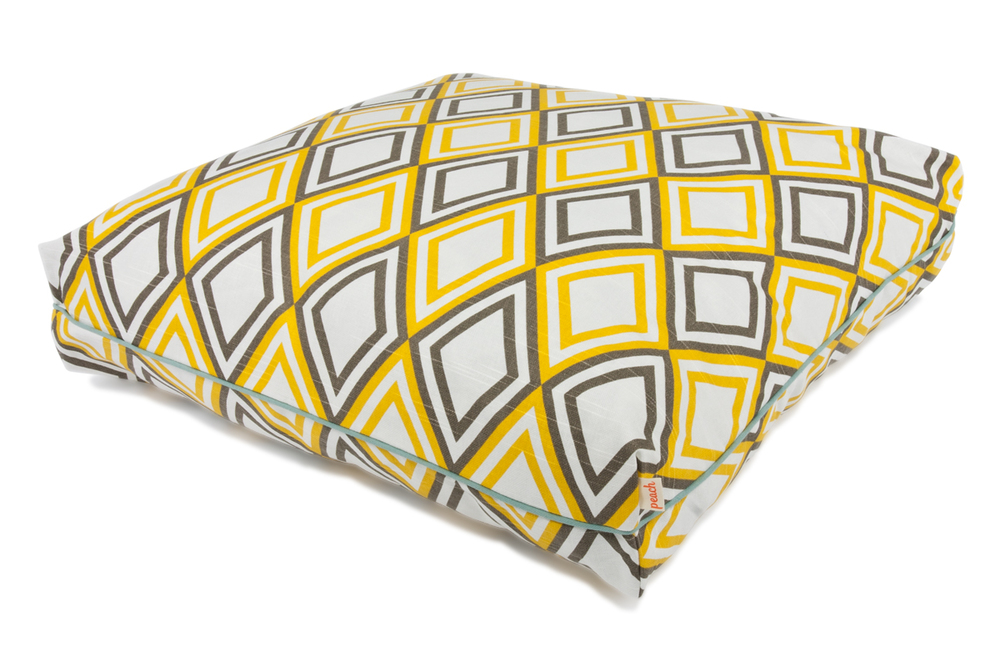 Peach Pillow Bed - Harlequin