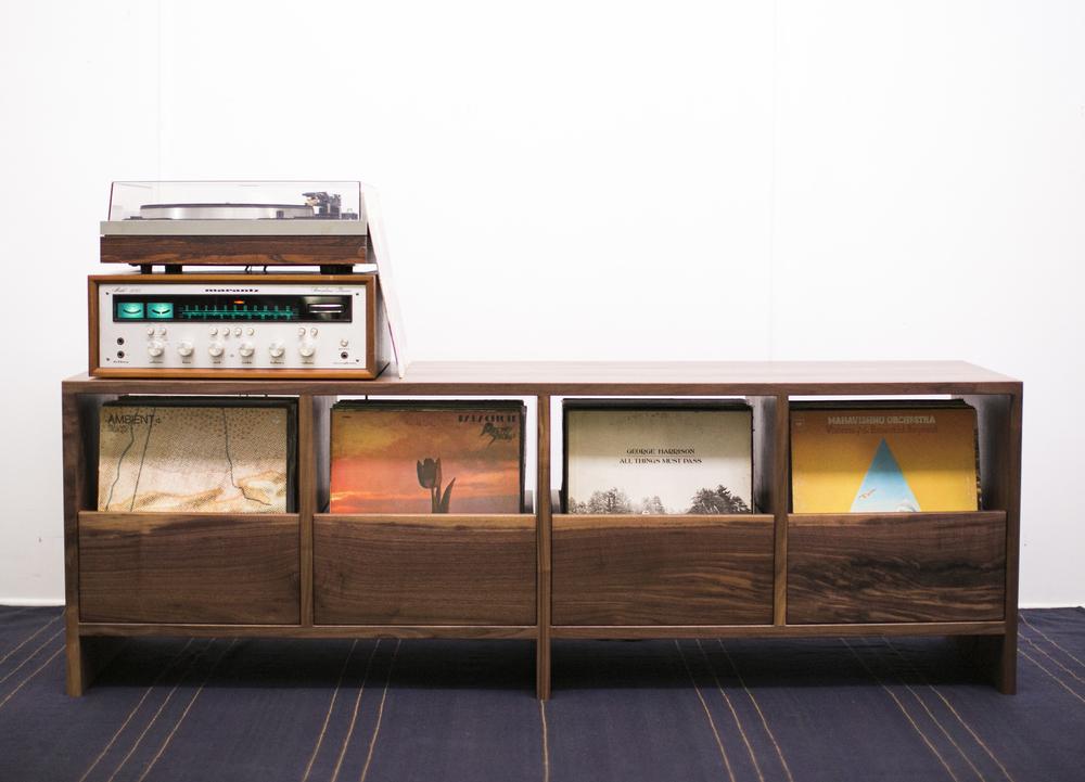 Bon Vinyl Cabinet