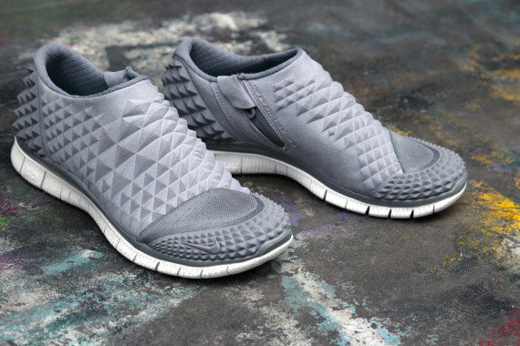 nike-free-orbit-ii-sp-cool-grey-07-570x380.jpg