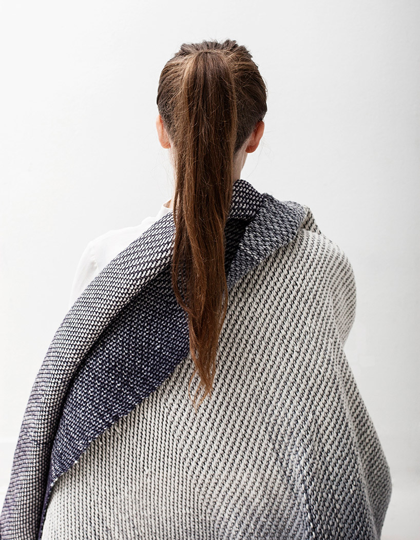 anouk-van-der-laan-winter-in-holland-gradients-wool-cotton-designboom-01.jpg