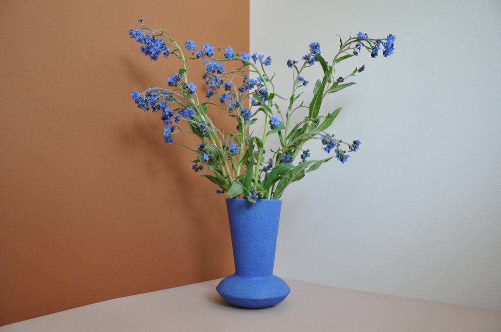 bluevase4.JPG