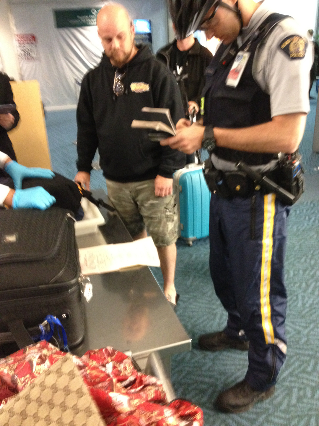 Is That Marijuana In Your Suitcase? Why yes it is officer!!!! lol