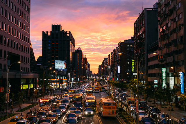 DSCF0439  on Flickr.  crazy taipei sunset.   as featured on Fujifilm X-Series Japan's  Facebook page.     www.facebook.com/photo.php?fbid=416080681846632&set=a…