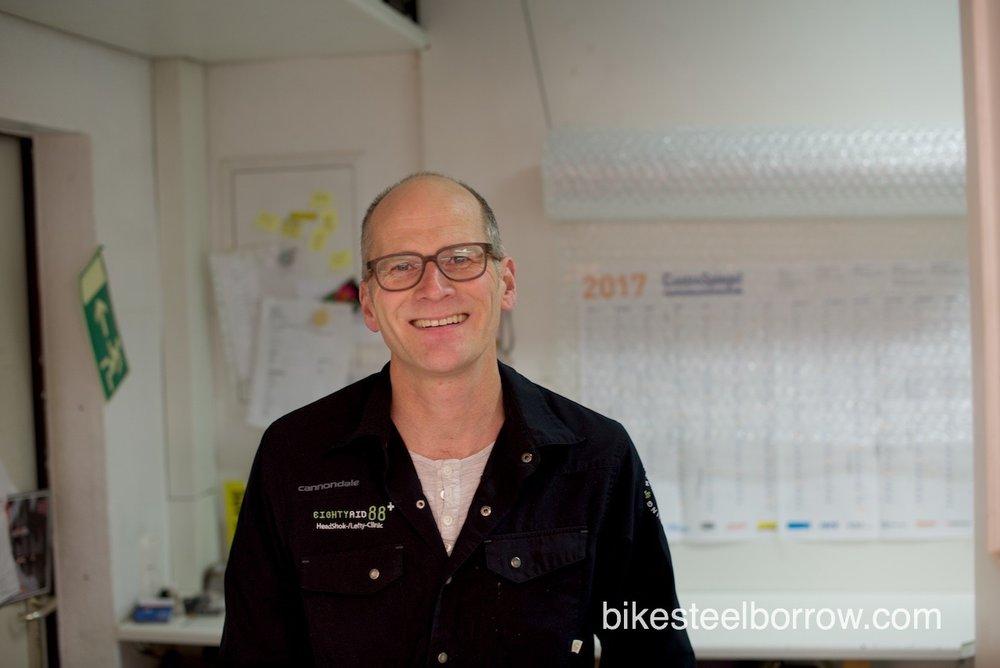 Markus Dillinger:Inhaber von Eighty-Aid