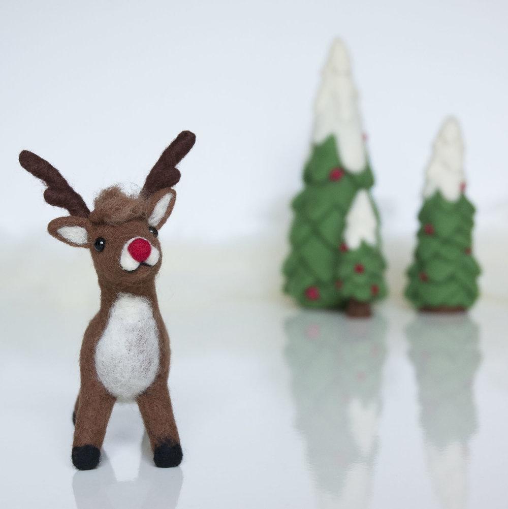 Needle Felted Reindeer and Christmas Tree