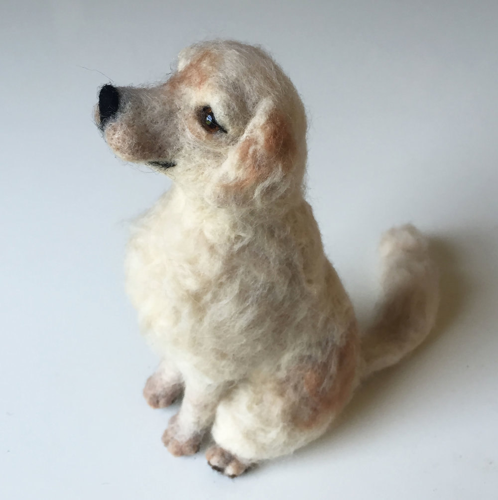 Felted golden retriever 3.jpg