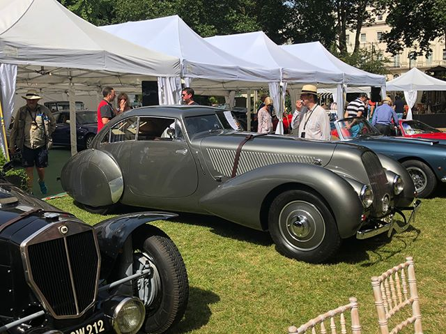 A perfect summer day for this years @the96club annual Belgravia Concours. Pop along if you can, it's a wonderful mix of old cars and British garden party #cotswoldcollectorscars #the96club #belgravia #britishsportscar #bentley #embiricos #drivetastefully
