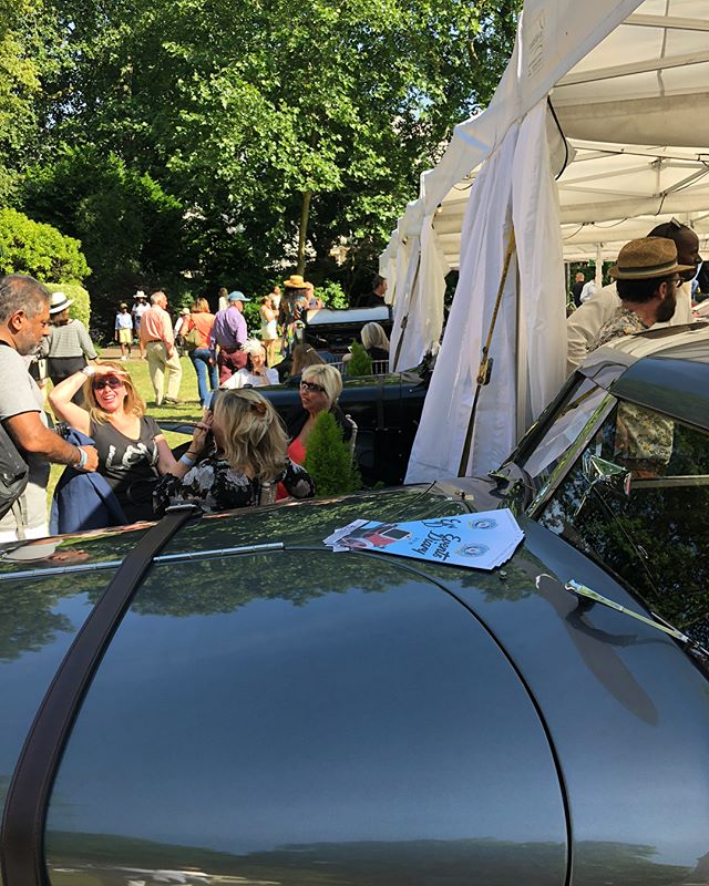 More action from @the96club concours in Belgravia Square Gardens. Endless sunshine, cocktails and gorgeous motors - perfect June Sunday!! #the96club #cotswoldcollectorscars #bentley #embiricos #sunbeam #3lt #twincam