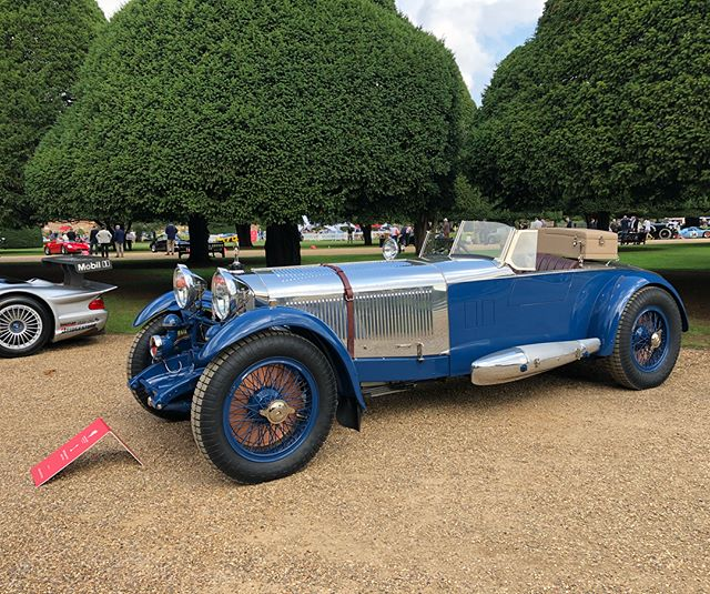 Fabulous day at Hampton Court Palace. Thank you @concours_of_elegance for another fantastic year of the best cars. Here are some of our favourites...