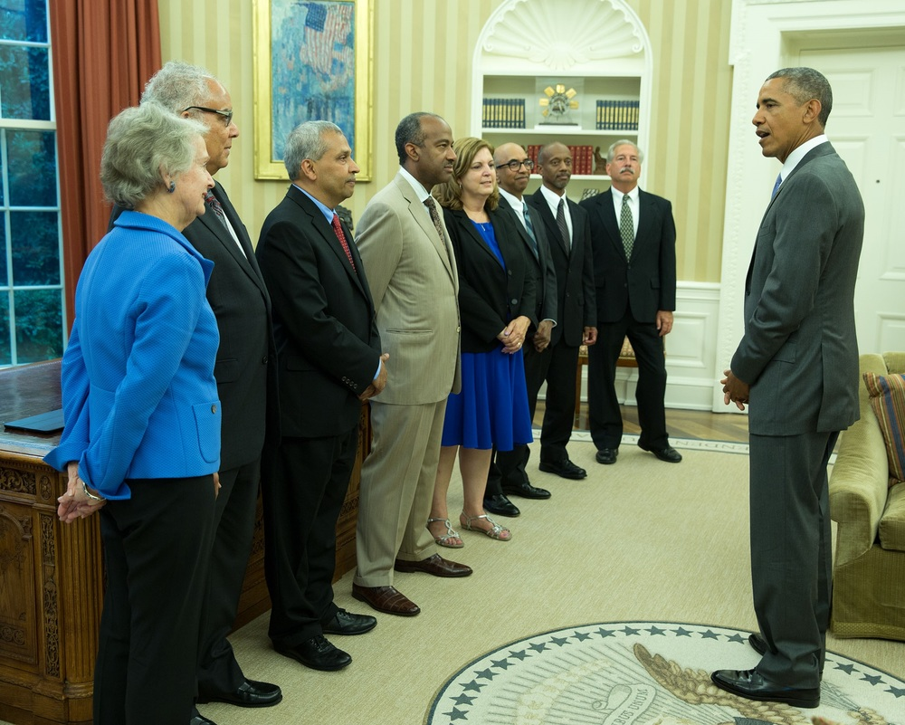 Elizabeth Parry, fifth from left, meets with President Obama and other mentoring awardees.