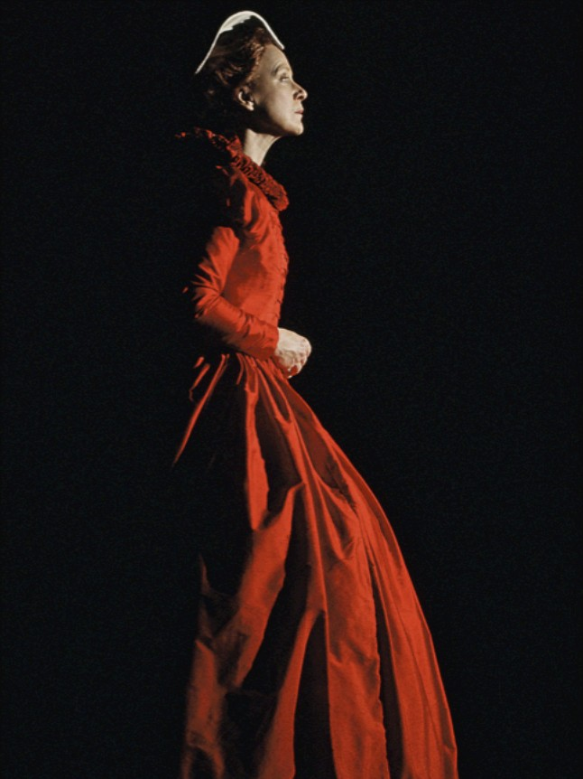 Mary Stuart red.jpg