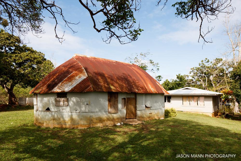 Fale, between Malapo and Holonga