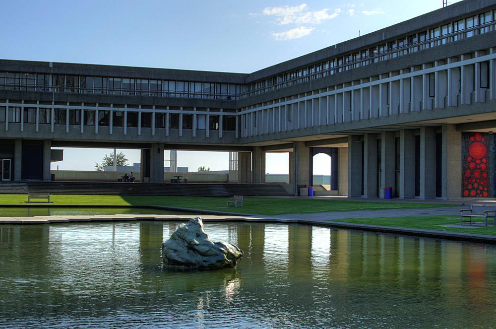 Courtyard-Academic-Quadrangle-SFU-Burnaby-British-Columbia-Canada-04-A.jpg