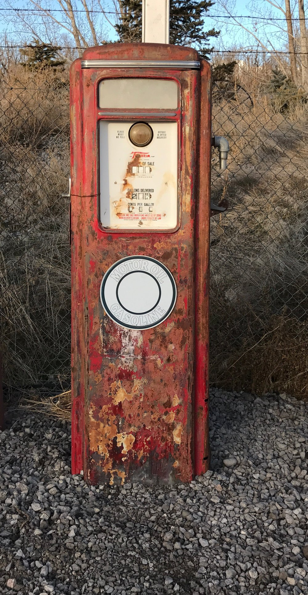 - This gas pump is called a Tokheim 39 Tall Pump. It is circa 1939 vintage and was one of Tokheims first
