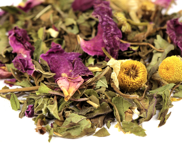 organic-travelers-tea-loose-by-verglas-media-0010-peppermint-roses-chamomile-dream-journey-web.jpg
