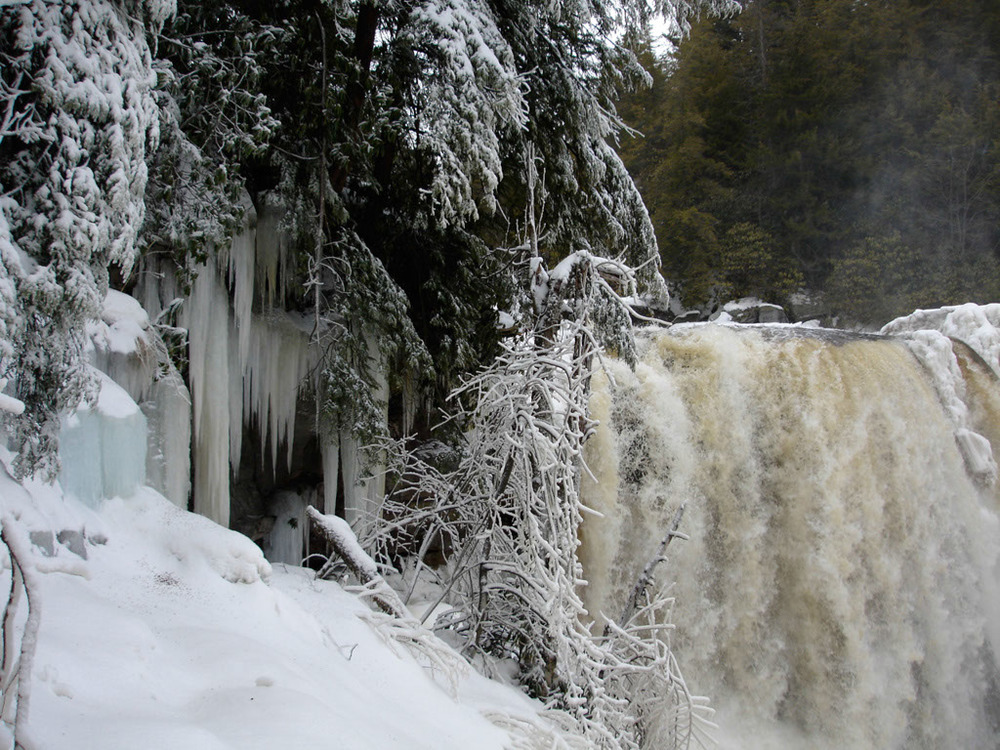 Blackwater Falls, frozen!