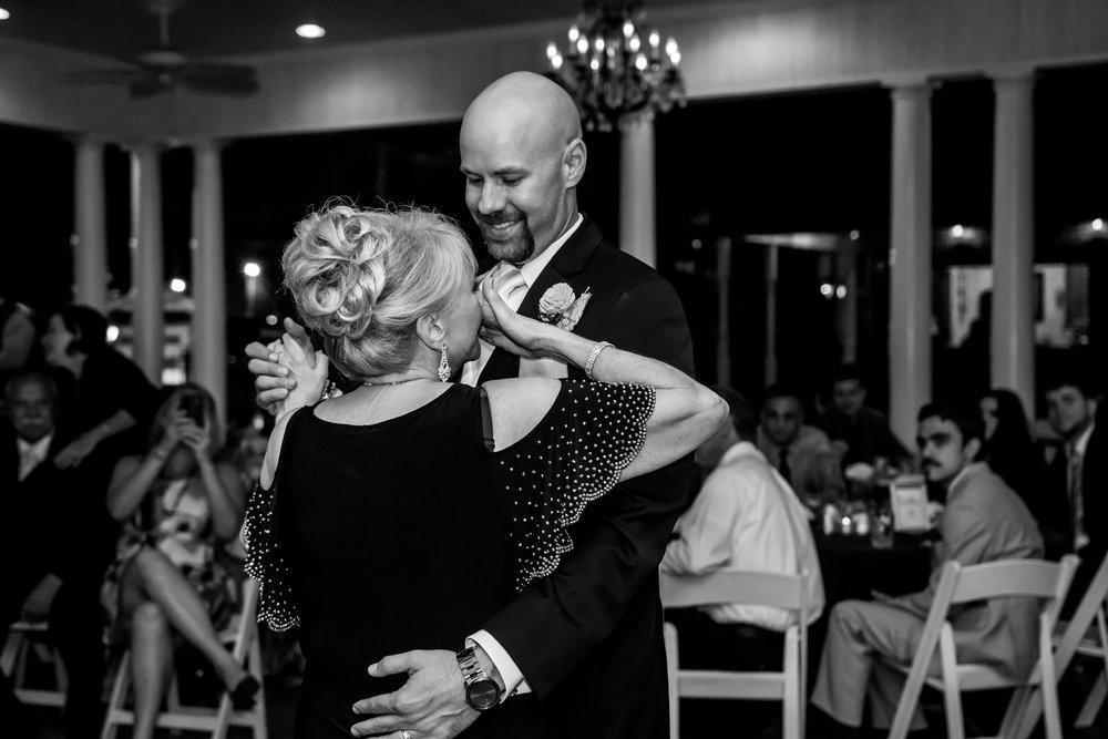 Fort Wayne Wedding Photographer - B-1142.jpg