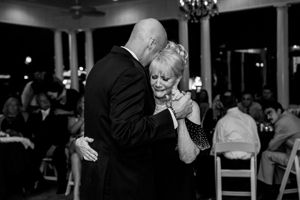 Fort Wayne Wedding Photographer - B-1152.jpg