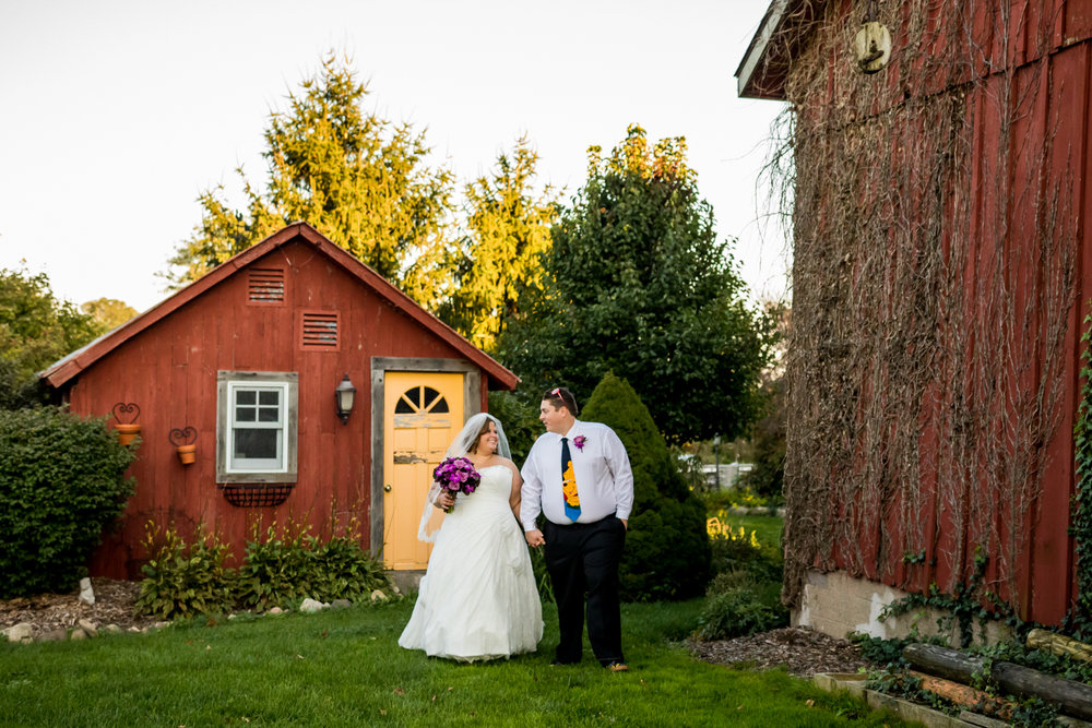 Red_Barn_Experience_Wedding_Photography_Papke-737.jpg