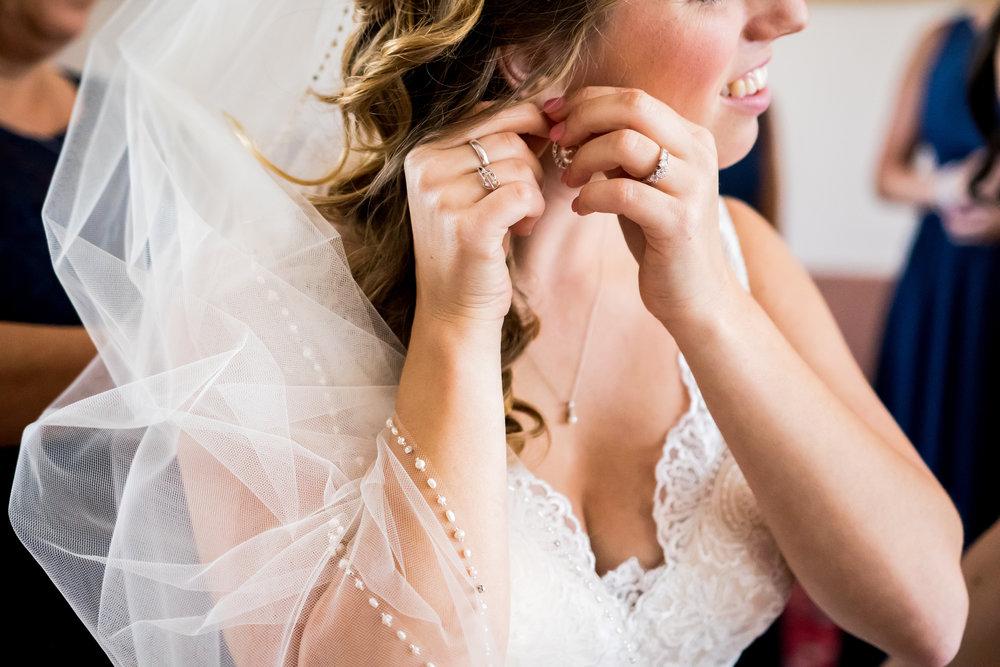 Cincinnati Wedding Photographer - V