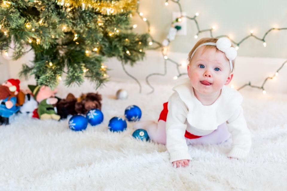 Holly_Christmas_Mini-13.jpg