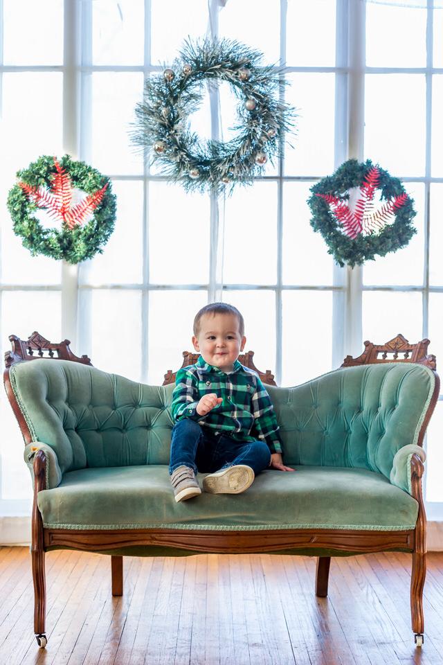 Holly_Christmas_Mini-31.jpg