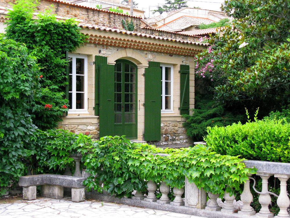 9-ReeceCluse-Cottage-Entree.jpg