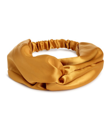 This headband color and fabric is doing it for me  Satin Headband / $8 / H&M