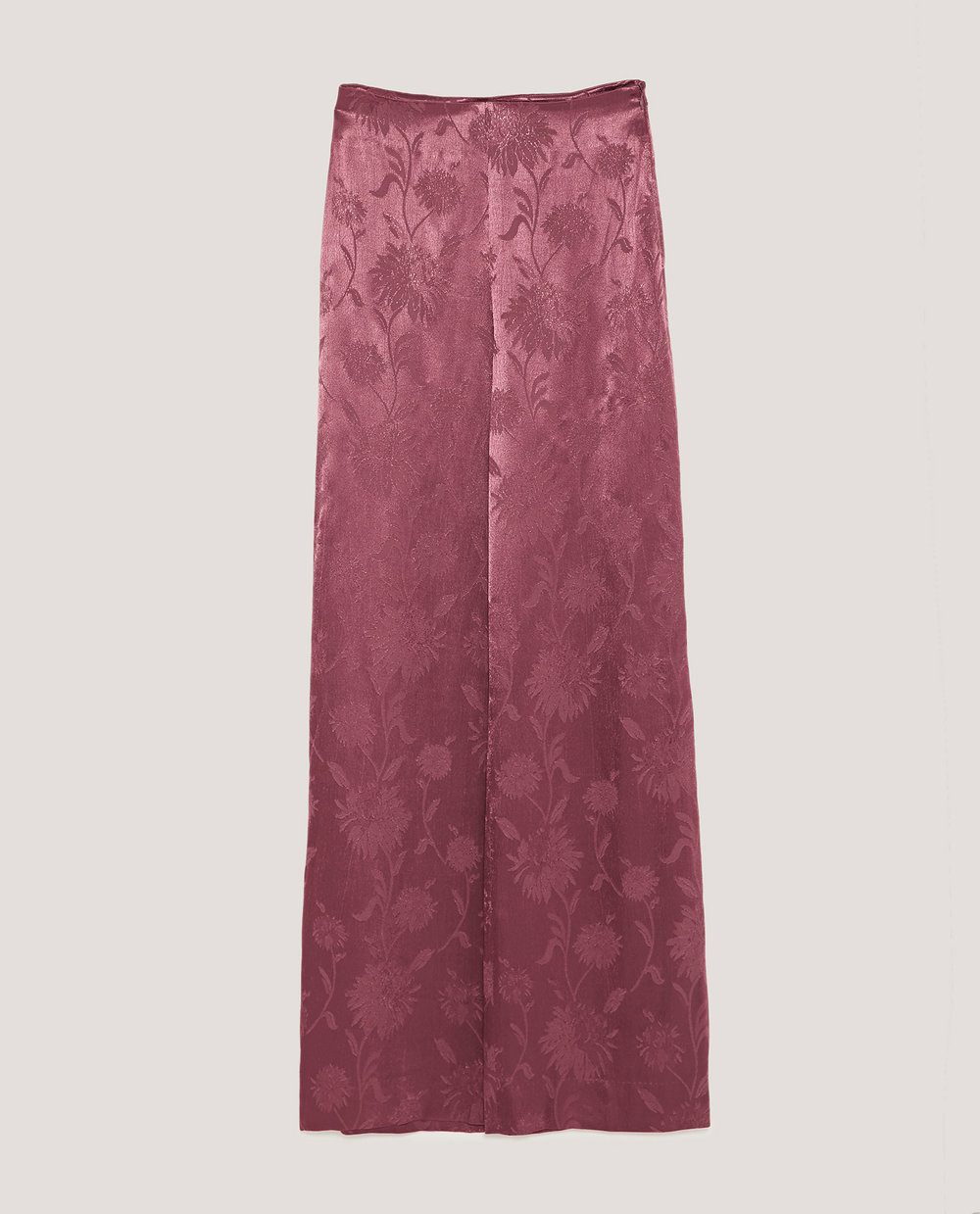 A mauve dream, one of my favorite pieces.  Shiny Jacquard Trousers / $50 / Zara